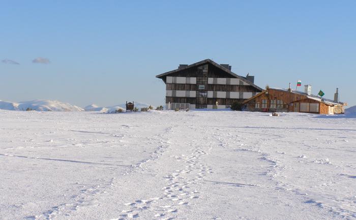 Резултат с изображение за Ски писта Върховръх